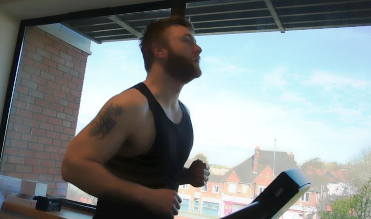 ByteSnap's 10K Charity Wolf Run - Dean on treadmill