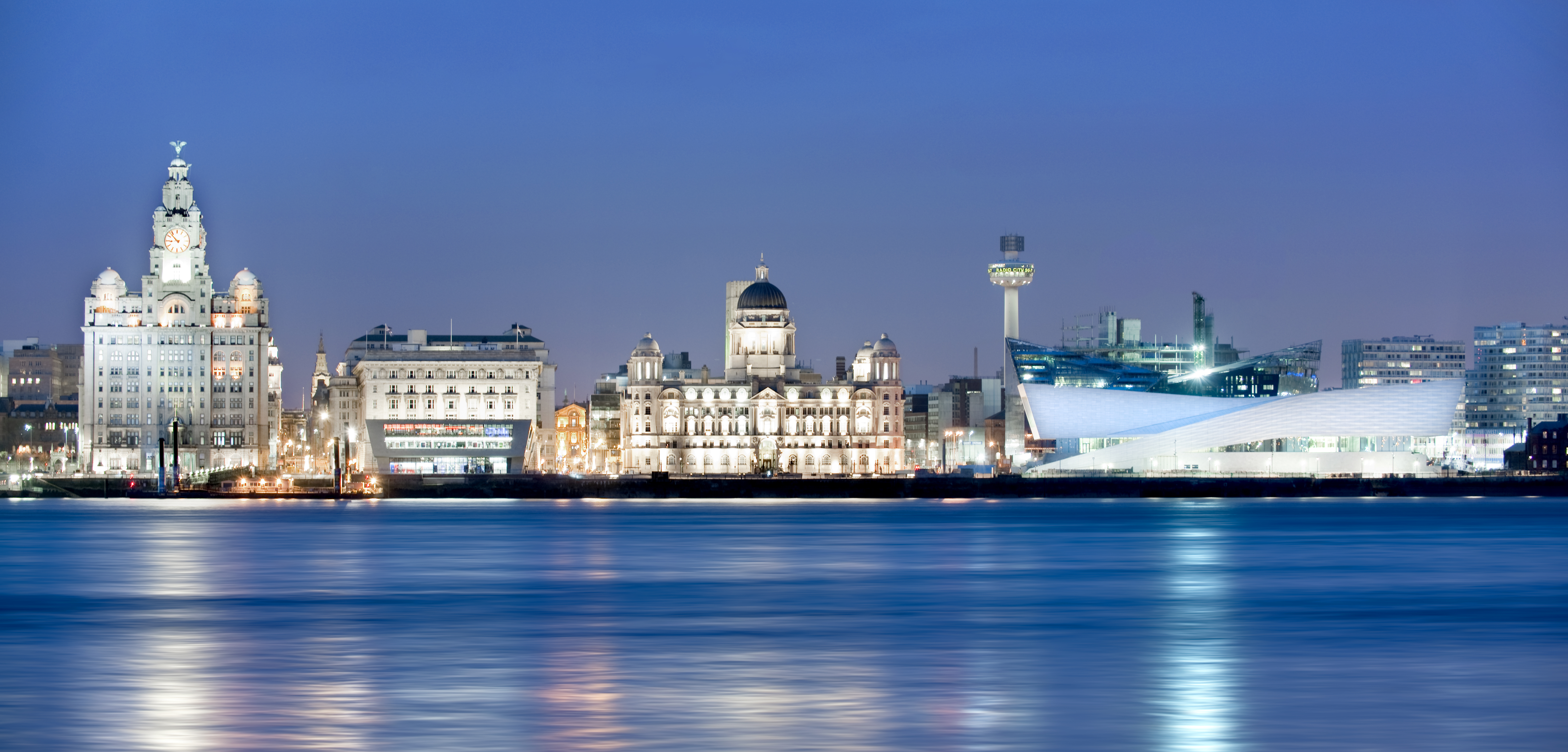 Liverpool Waterfront - Night (credit Craig Easton) - Copy