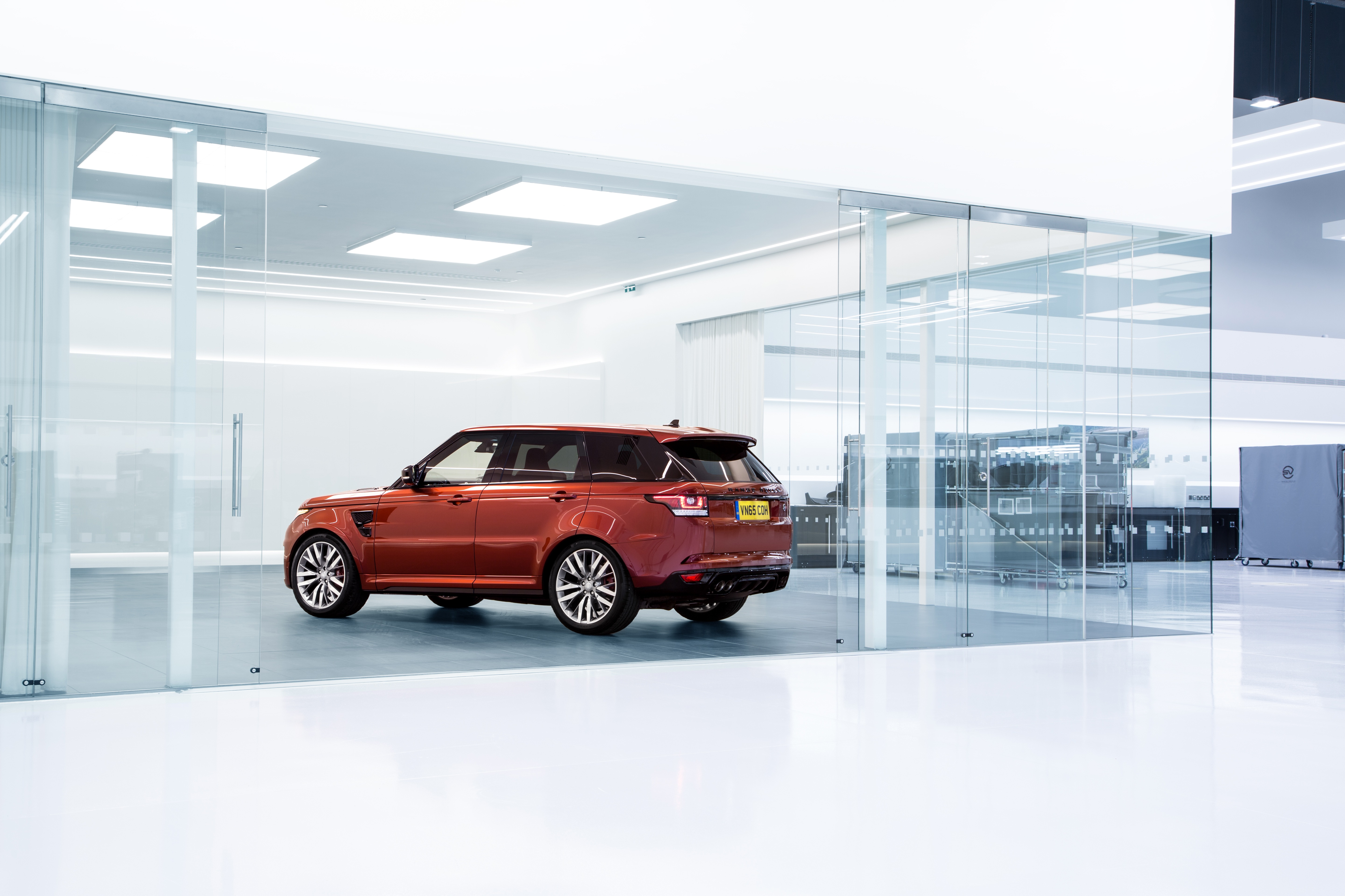 Jaguar Land Rover's zero emission vehicle technology secures £2.5 million